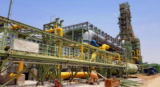 یزد و کارخانه های فولادی این استان | یزد، استانی با جمعیت حدود یک میلیون و دویست هزار نفر و مساحت حدود 75000 کیلومتر مربع در مرکز ایران واقع شده و مرکز آن شهرستان یزد میباشد.